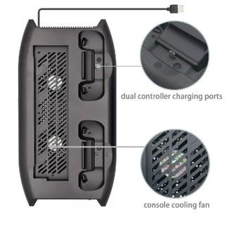 エックスボックス(Xbox)のXbox One X 用縦置きスタンド冷却ファンと充電ドック4つのUSBポート(家庭用ゲーム機本体)