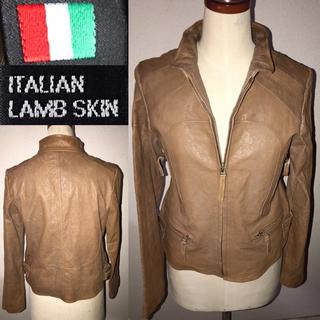 イタリア製ラム送料込ITALY高級柔らか羊皮革レザージャケット細身ライダース格安