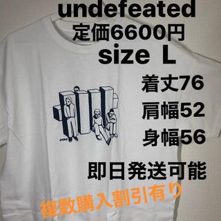 アンディフィーテッド(UNDEFEATED)のL込 undefeated 渋谷店 限定T オープン記念   (Tシャツ/カットソー(半袖/袖なし))