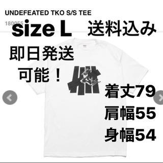 アンディフィーテッド(UNDEFEATED)のL込 UNDEFEATED TKO S/S TEE T アンディ(Tシャツ/カットソー(半袖/袖なし))
