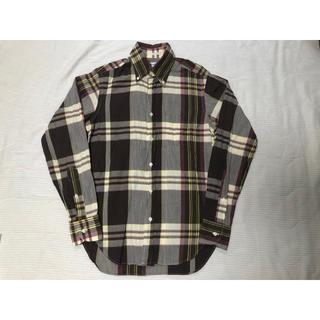 インディヴィジュアライズドシャツ(INDIVIDUALIZED SHIRTS)の美品 UA購入 インディビジュアライズドシャツ マドラス チェック BD シャツ(シャツ)