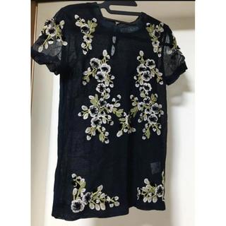 ヴァレンティノ(VALENTINO)のvalentino t shirt couture 刺繍チュールtシャツ(カットソー(半袖/袖なし))