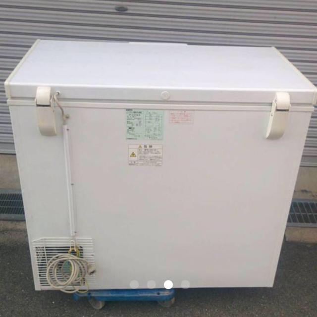 SANYO(サンヨー)の美品 サンヨー 冷凍庫【HF-21CP】100V 動作確認済み スマホ/家電/カメラの生活家電(冷蔵庫)の商品写真