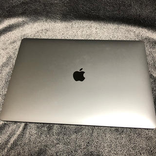 マック(Mac (Apple))のMacBook Pro 15.4インチ 2018発売モデル ファイナルカットプロ(ノートPC)