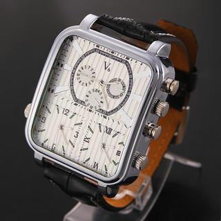 ディーゼル(DIESEL)の訳あり⚡️新品⚡️V6メンズ腕時計3W!ディーゼル、D&G、グッチファン必見!(レザーベルト)