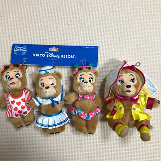 Disney - ディズニー カントリーベアシアター カンベア ぬいぐるみバッジ テディ 三人娘