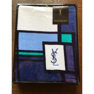 イヴサンローランボーテ(Yves Saint Laurent Beaute)のイブサンローラン バスタオル(タオル/バス用品)