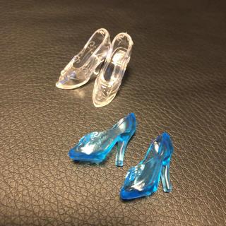 Barbie - バービー用 ガラスの靴2足セット ブライス シンデレラ ドレス 洋服 ワンピース