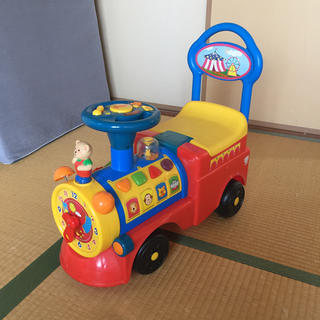 【東京中野に取りに来てくれる方のみ】子供用乗り物手押し車(手押し車/カタカタ)