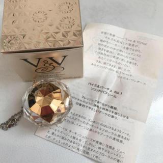 コスメデコルテ(COSME DECORTE)のコスメデコルテ練り香水 美品(香水(女性用))