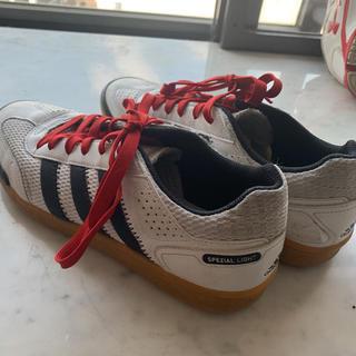 アディダス(adidas)のスポーツシューズ 体育館シューズ adidas25.5cm(シューズ)