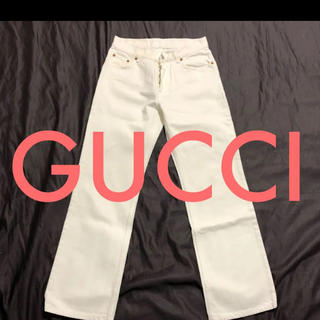 グッチ(Gucci)のGUCCIホワイトストレートデニム(デニム/ジーンズ)