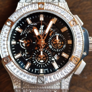 ウブロ(HUBLOT)の腕時計(腕時計(アナログ))