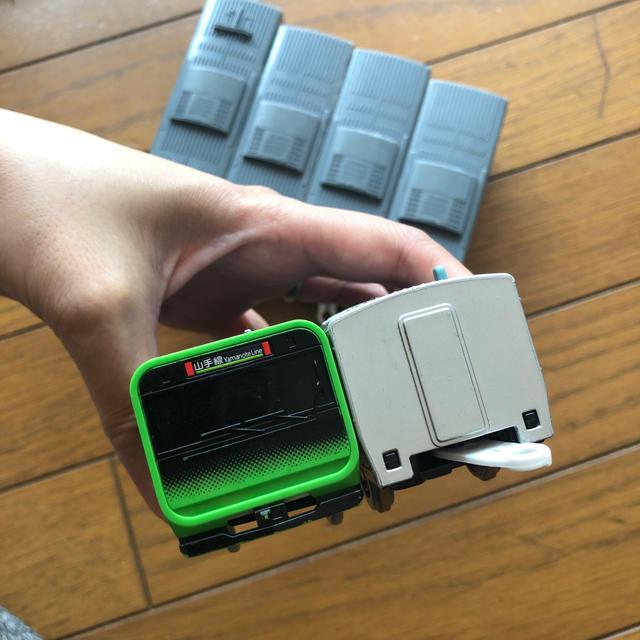 Takara Tomy(タカラトミー)のプラレール TAKARA TOMY  山手線 新車両 エンタメ/ホビーのおもちゃ/ぬいぐるみ(キャラクターグッズ)の商品写真