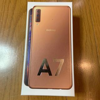 SAMSUNG - Galaxy A7 ゴールド 64 GB SIMフリー