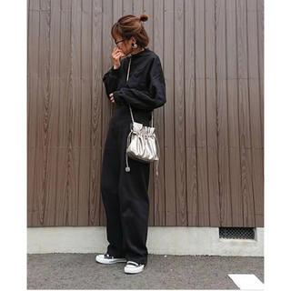 UNIQLO - UNIQLO ユニクロ  モックネックT ブラック色  XL〜3Lサイズの方に♡