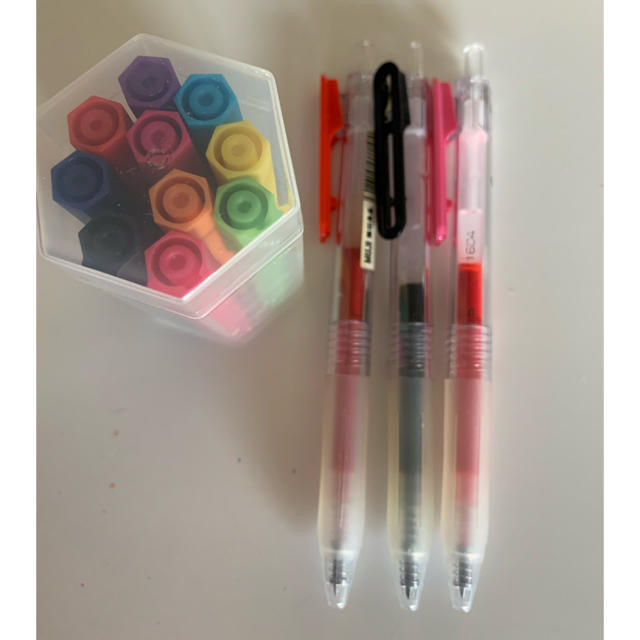 MUJI (無印良品)(ムジルシリョウヒン)の無印良品カラーペン、ボールペン インテリア/住まい/日用品の文房具(ペン/マーカー)の商品写真