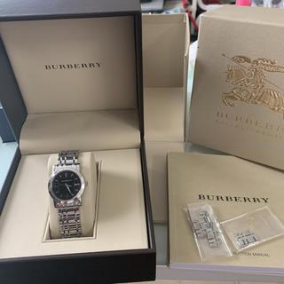 BURBERRY - バーバリー 腕時計 レディース スイス製 burberry  シルバー チェック