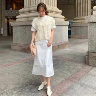 ディーホリック(dholic)のhyeon ヘヨン trapeze skirt white(ロングスカート)