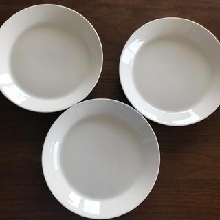 イッタラ(iittala)のイッタラ ティーマ 21センチ 3枚(食器)