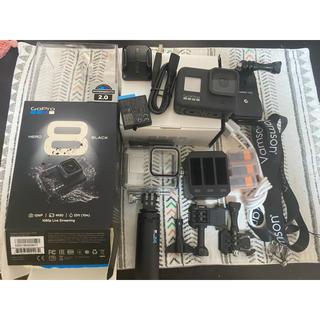 ゴープロ(GoPro)のHERO8 Black 限定BOX 付属品セット(ビデオカメラ)
