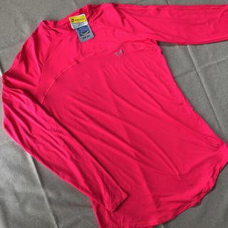 UNDER ARMOUR - 新品未使用アンダーアーマー レディース蛍光のピンク色アンダーシャツ
