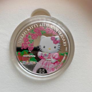 公式記念カラー銀貨 ハローキティ 45周年記念 英連邦クック諸島政府発行(貨幣)