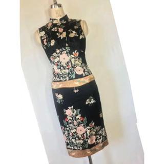 スーナウーナ(SunaUna)の美品 スーナウーナ 素敵な薔薇 肌触り良い 上、下 日本製(その他)