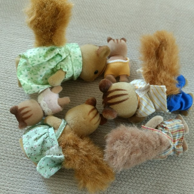 EPOCH(エポック)のリスファミリー シルバニアファミリー エンタメ/ホビーのおもちゃ/ぬいぐるみ(キャラクターグッズ)の商品写真