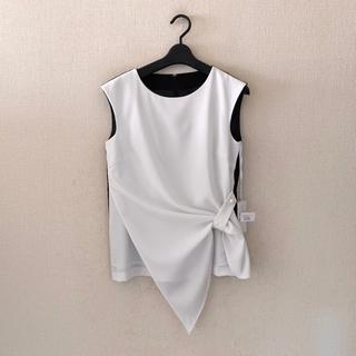 エムドゥー(M.deux)のエムドゥー♡新品♡デザインシャツ(シャツ/ブラウス(半袖/袖なし))