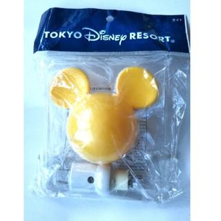 ディズニー(Disney)のミッキー型コンセントライト イエロー(キャラクターグッズ)