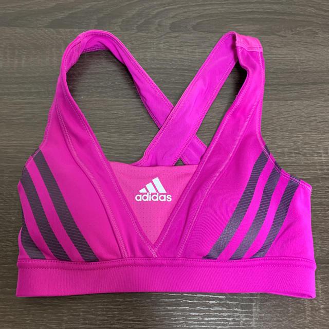 adidas(アディダス)のadidas アディダス スポーツブラ S ヨガウエア スポーツ/アウトドアのトレーニング/エクササイズ(トレーニング用品)の商品写真