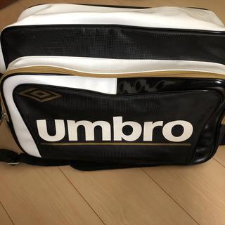 アンブロ(UMBRO)のUMBRO エナメルバッグ(ショルダーバッグ)