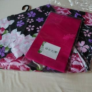 新品タグ付き、綿浴衣と浴衣帯のセット、黒柄(浴衣)