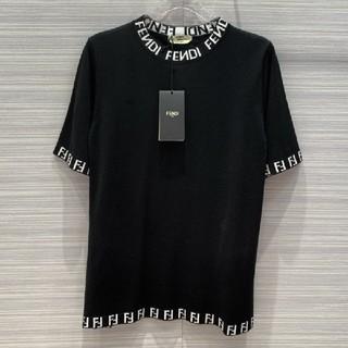 FENDI - 人気!Fendiフェンディ  ニット Tシャツ 半袖 男女兼用