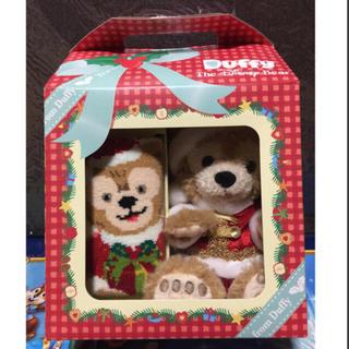 ダッフィー(ダッフィー)の未開封 2009年 ハンドタオルとダッフィーぬいぐるみセット クリスマスボックス(キャラクターグッズ)