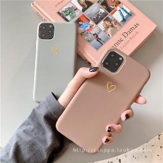 《週末限定sale!》iPhone11pro ベージュ シリコンケース ハート(iPhoneケース)
