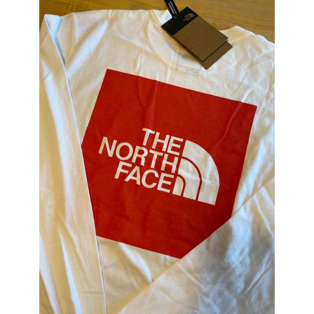 THE NORTH FACE(ザノースフェイス)の【Mサイズ】日本未発売 ノースフェイス レッドボックス ロンT ロングスリーブ メンズのトップス(Tシャツ/カットソー(七分/長袖))の商品写真
