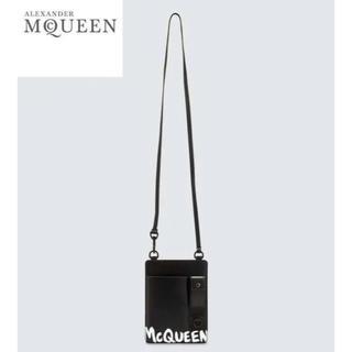 アレキサンダーマックイーン(Alexander McQueen)のALEXANDER MCQUEEN ストラップ スマートフォンケース(ボディーバッグ)