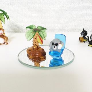ガラス細工 チェアーとヤシの木 2コセット(ガラス)