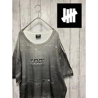 アンディフィーテッド(UNDEFEATED)のUNDEFEATED アンディフィーテッド Tシャツ カットソー ビッグT(Tシャツ/カットソー(半袖/袖なし))