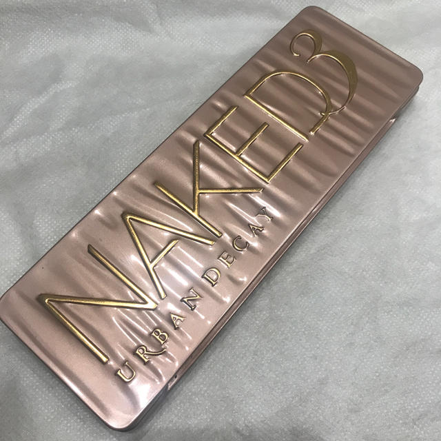 Urban Decay - 値下げ!Naked 3 Urban decayの通販 by mws shop|アーバン