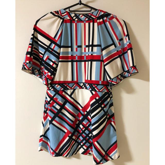 BCBGMAXAZRIA(ビーシービージーマックスアズリア)のTシャツ BCBGトップス レディースのトップス(Tシャツ(半袖/袖なし))の商品写真