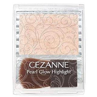 セザンヌケショウヒン(CEZANNE(セザンヌ化粧品))のパールグロウハイライト「01  シャンパンベージュ」(フェイスパウダー)