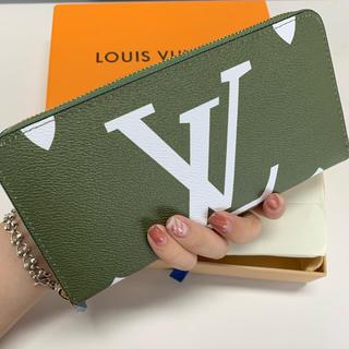 人気の長い財布。