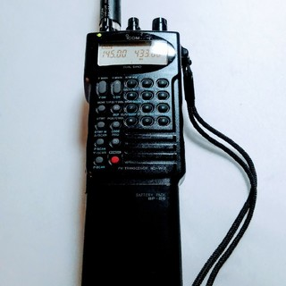 ICOM IC-W2 144-430Mhz DUAL-BAND(アマチュア無線)