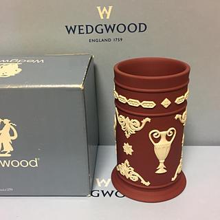 ウェッジウッド(WEDGWOOD)の新品 未使用 ウェッジウッド ジャスパー 稀少 クリムゾンカラー 花瓶 ペン立て(花瓶)