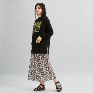 ジーユー(GU)の新品 gu マレフィセント ロングスリーブT(Tシャツ(長袖/七分))