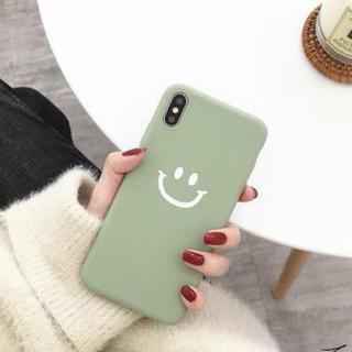 【iphone7/8 グリーン】カバー スマイリー柄(iPhoneケース)
