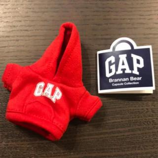 ギャップ(GAP)の店舗限定!【新品】GAP ガチャ ガチャガチャ ブラナンベア パーカー レッドA(キャラクターグッズ)